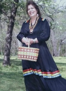 CHEROKEE LESSON PLAN.  Wilma Mankiller first female chief of the Cherokee Nation. Photo- photobucket.
