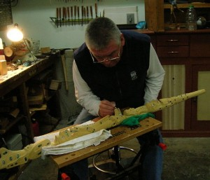 KWAKIUTL LESSON PLAN.  Richard Hunt master  Kwakiutl carver. Photo- Wikipedia