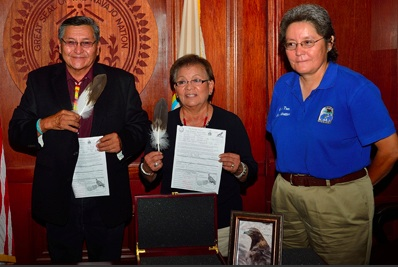 Honorable President Shelly and The First Lady each received an eagle feather. Photo Navajo Nation Zoo