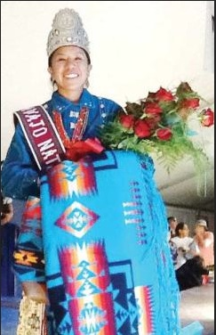 The beautiful Leandra Thomas is Miss Navajo Nation 2013.  Photo- nhonews.com