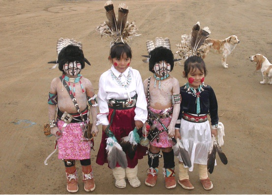 Hopi children. Photo website Restoration.
