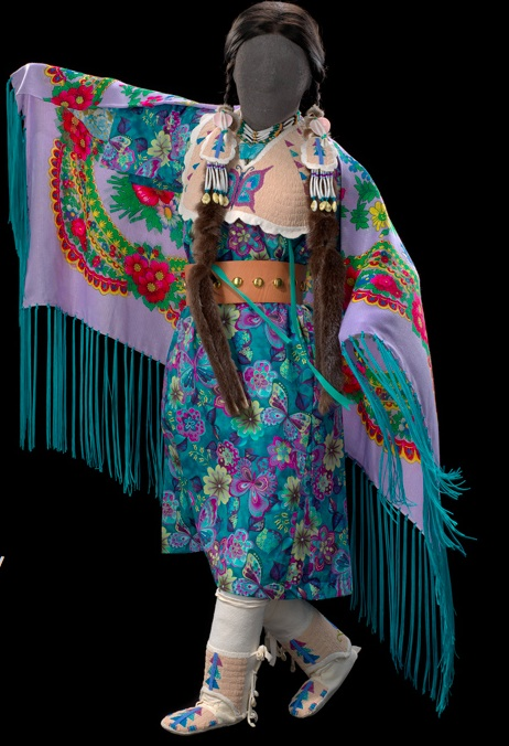 Yakama Girl's Fancy Shawl Dance.