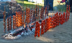 Tradional Native salmon cooking. Photo- ictmntiff