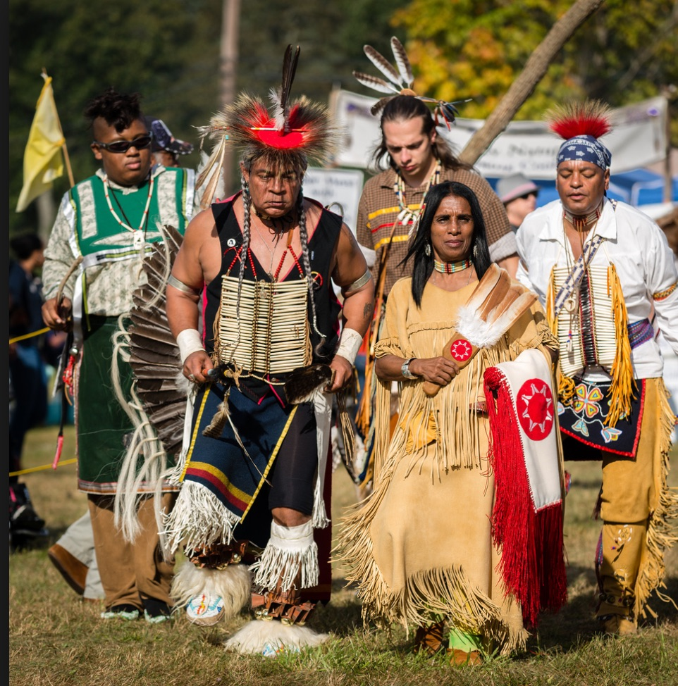 lenape indians essay This site contains some of the histroy about william penn, the lenape indians, and the peace treaty along with some history of the penn treaty park.